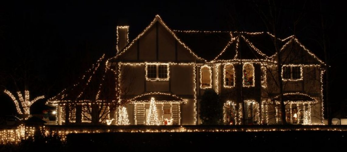 Holiday Lighting Safety - Cox Roofing